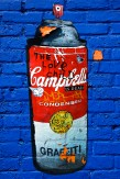 Composition photographique : Jérôme Revon ANDY'S AEROSOL BLUE Manhattan, 2013 Tirage unique sur papier métallique contrecollé sous diasec, 135 x 90 cm