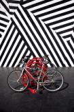 Jérôme Revon DECO BIKE RED Miami, 2014, Tirage unique sur papier métallique contrecollé sous diasec, 135 x 90 cm