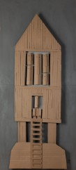 Jean Feldman Maison-Totem 16, 2015 Carton et acrylique 93 x 204 cm